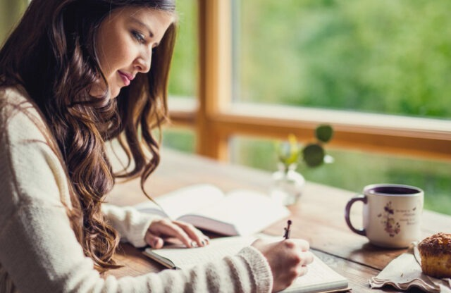 article-feature-practice-of-journaling_1